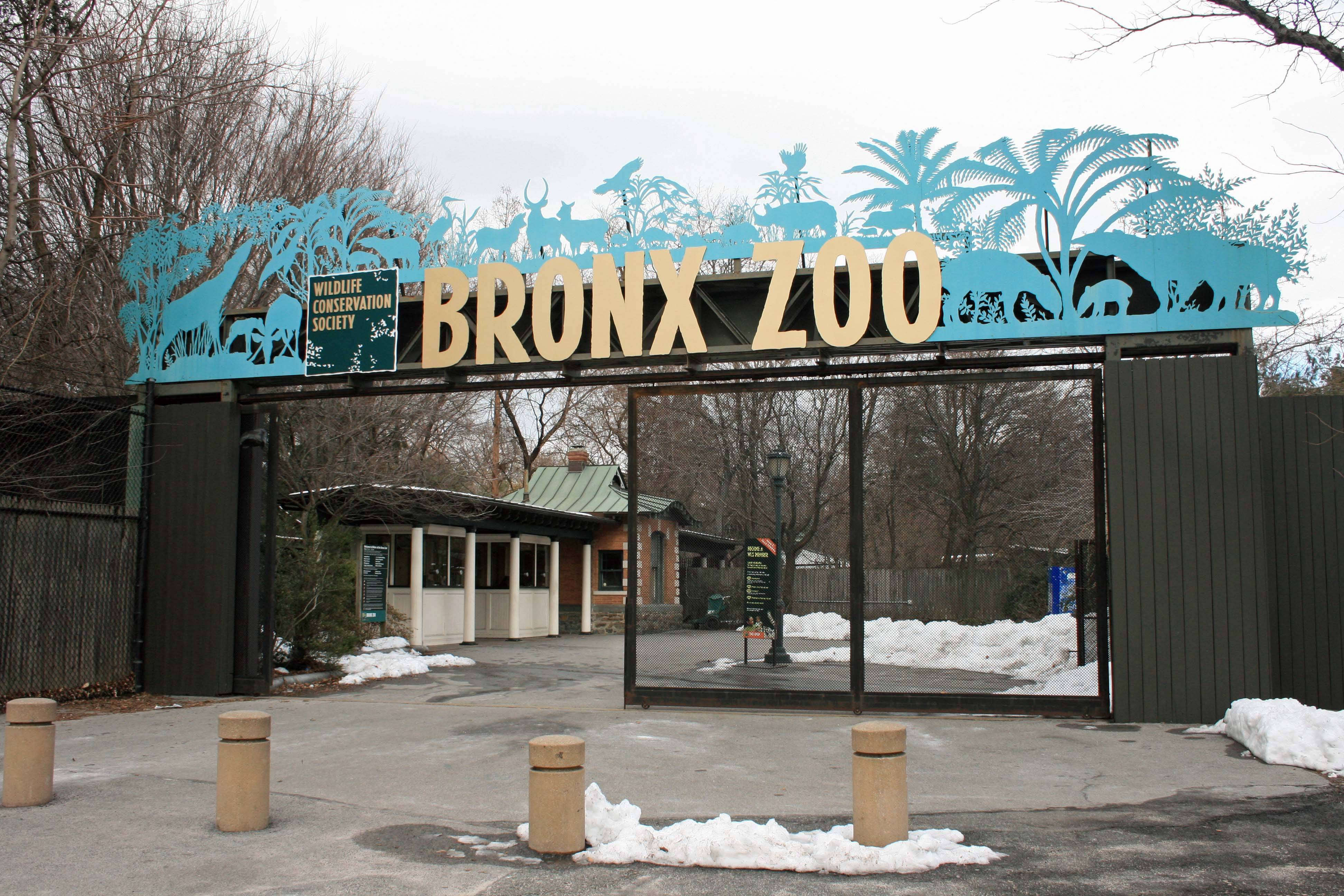 Entrée du zoo du Bronx à New-York